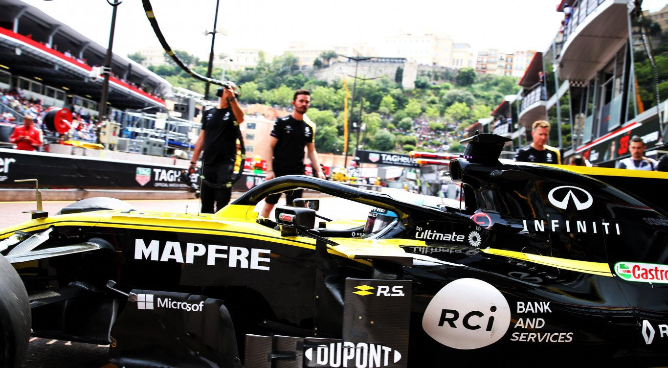 Formula 1 Press Release One Year On Mapfre And Groupe Renault